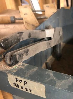 pop rivet tool